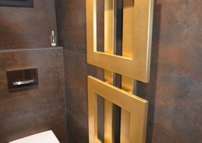 Radiateur dans la rénovation coin WC dans le Pays de Gex